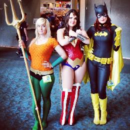women cosplay