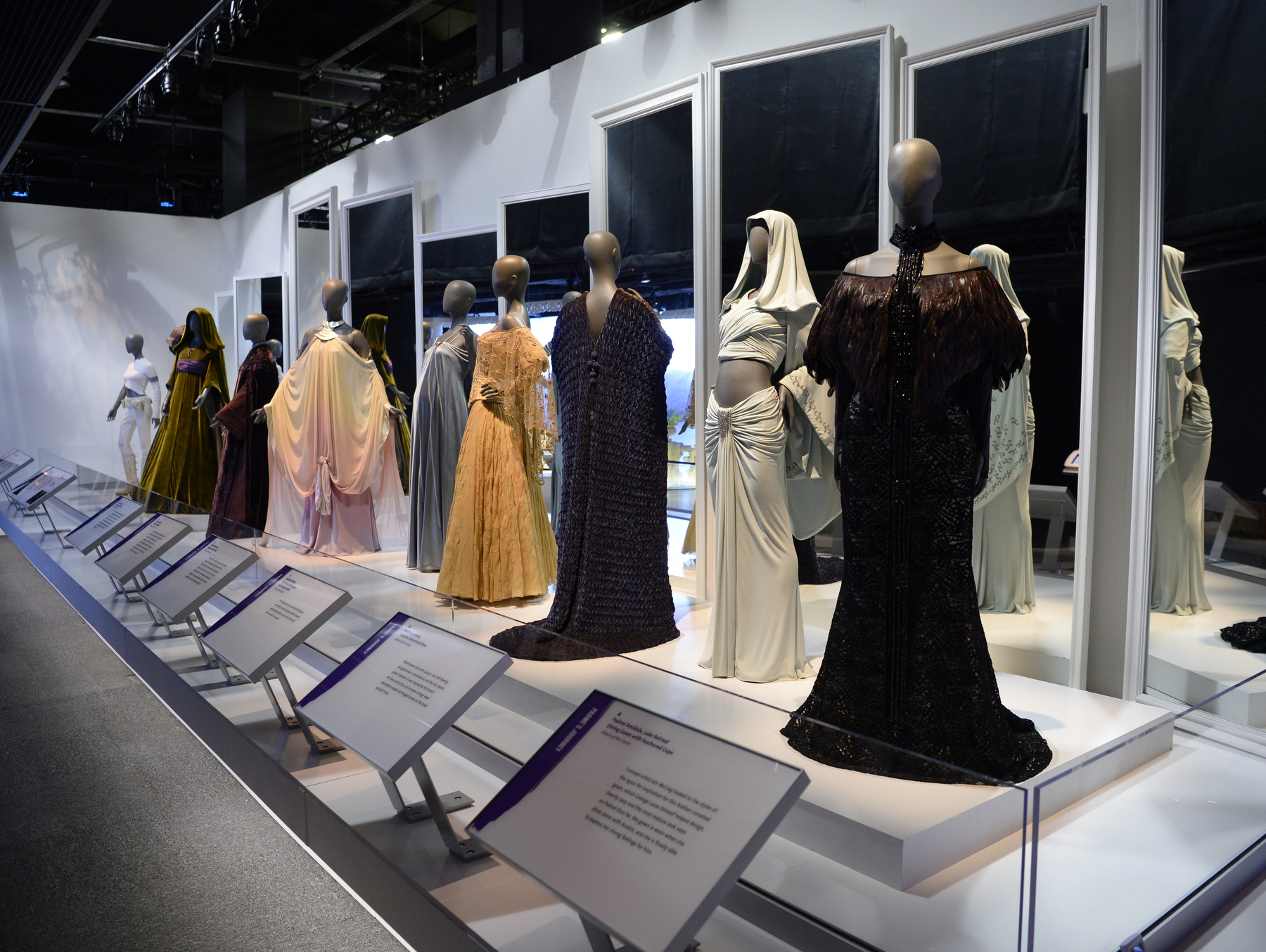 Review Star Wars™ and the Power of Costume The Exhibition