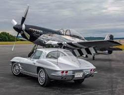 corvette-mustang
